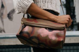 Kabelkové trendy letošního roku. Jaká kabelka musí doplnit vaši sbírku?