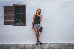 Sedm letních trendů, které nesmí v létě chybět