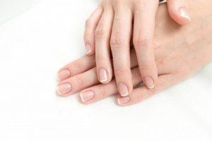 Krásné a zdravé nehty může mít každá z nás – stačí vědět, jak o ně pečovat